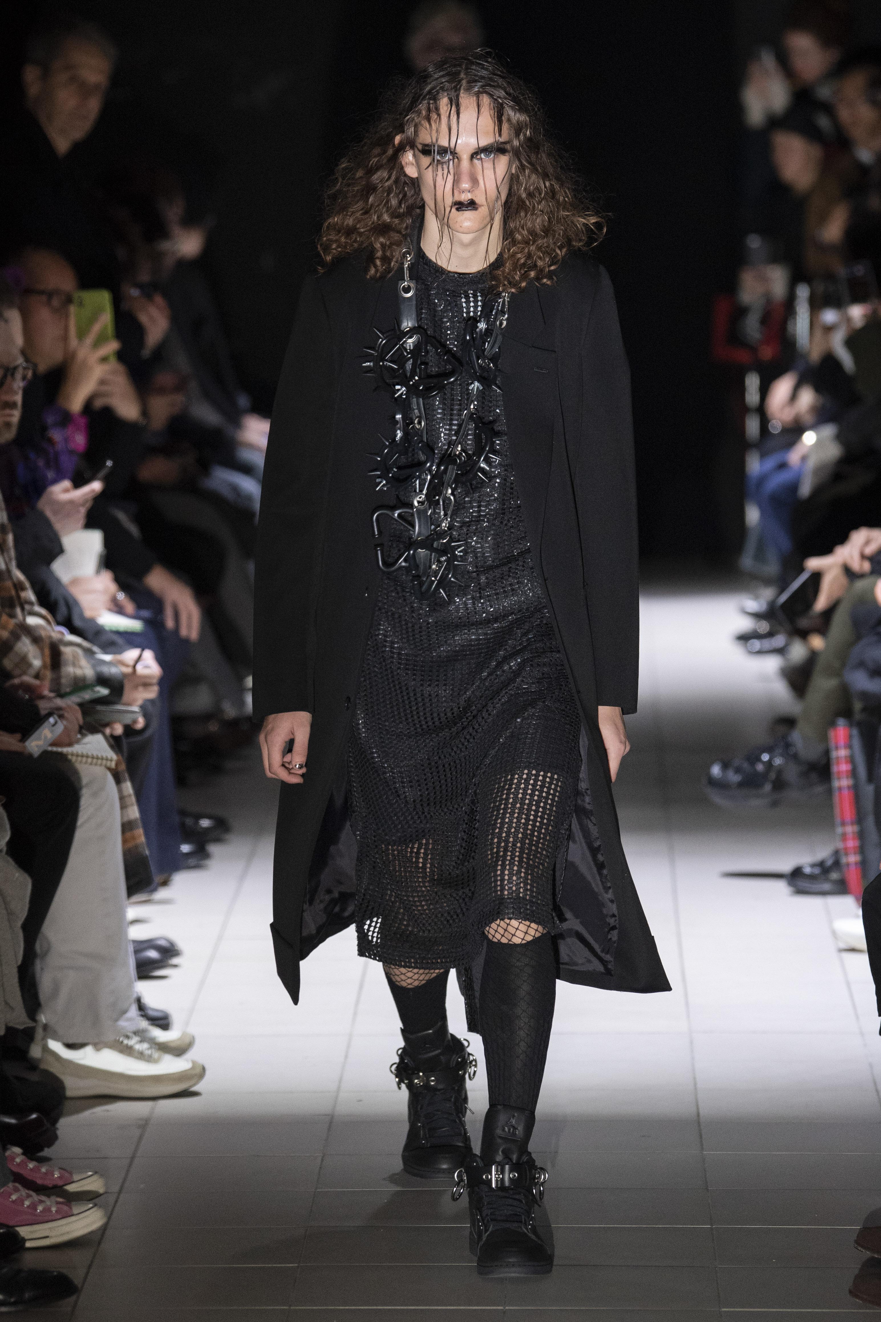 ce842c2d772 Kawakubo debuted a brand new Comme des Garçons x Air Jordan 1  collaboration