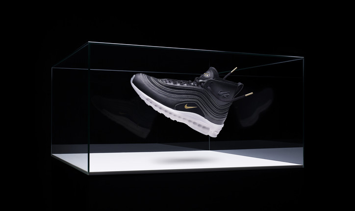 promo code 7b095 27bec A TPU cupsole bonds the upper to the breakthrough Nike VaporMax Air unit,  allowing the shoe a lightweight and responsive underfoot feel. NIKELAB AIR  MAX 97 ...